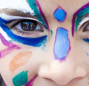 makeup-1909386_640